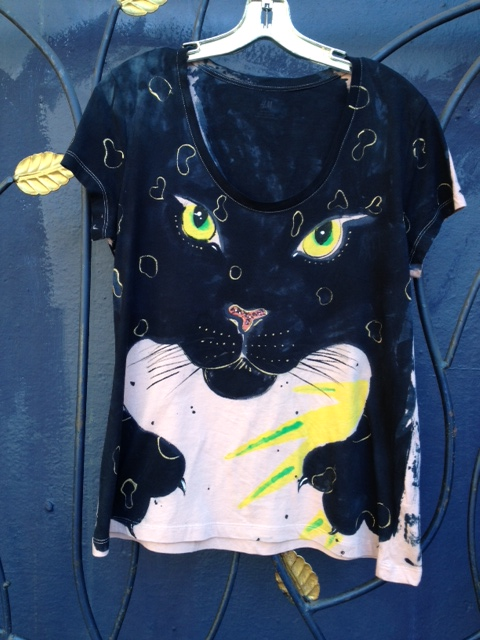 cat.shirt.black.n.tan