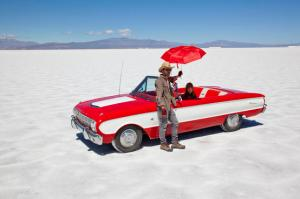 Here's a photo of the fashion shoot in the blazing heat of the Argentina salt desert