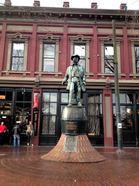 Gassy.Jack.statue