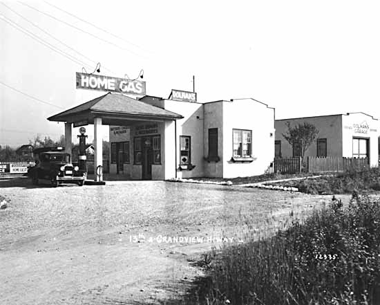 Vancouver.1920s.gas.station.Grandview.Highway.and.13thVPL11947