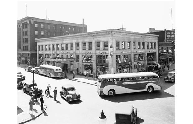 Vancouver.1938.Leonard.Frank.Seymour.and.Dunsmuir