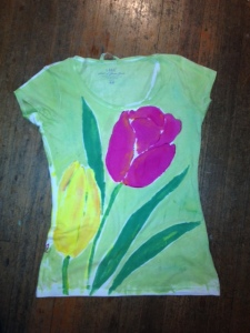 angel.tulips.shirt