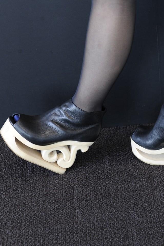 japan.platforms.wooden.sole