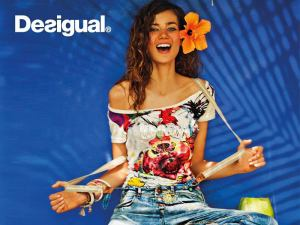 Desigual.spring.2013.model.