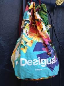 Desigual.beach.bag.2