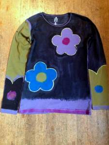 Handpainted.flower.shirt.july15.2013
