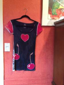 Handpainted.heart.n.cherries.shirt.july15.2013