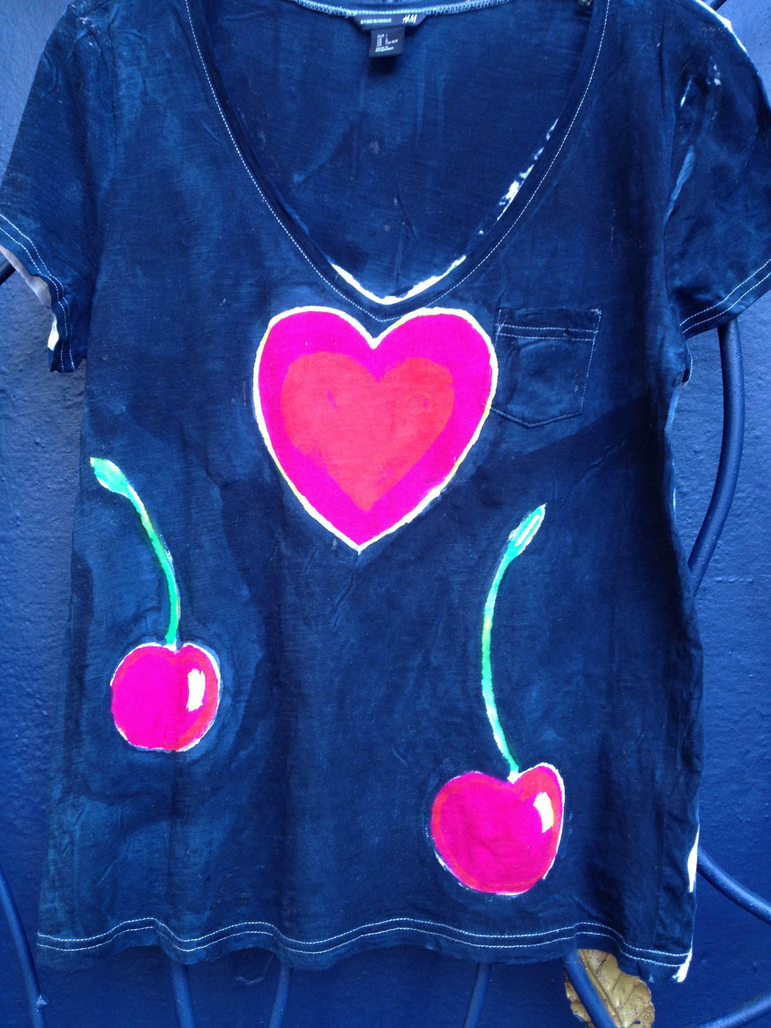 Sleeveless Top - heart cherries magenta by VIDA VIDA Sale Clearance Clearance Buy bATkE5