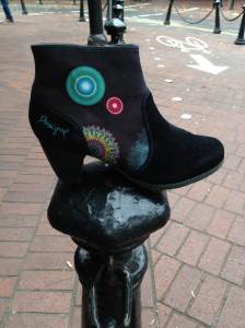 Desigual.black.boot.fall.2013