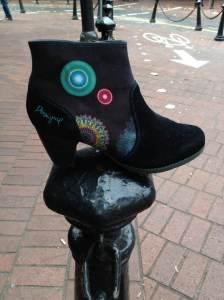 Desigual.black.boot.fall.2013