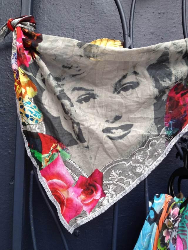 Desigual.Marilyn.scarf