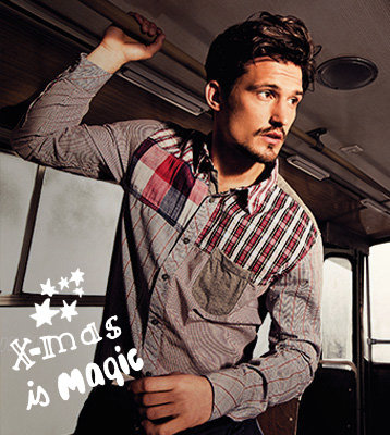 Desigual.man.Xmas.magic.promo