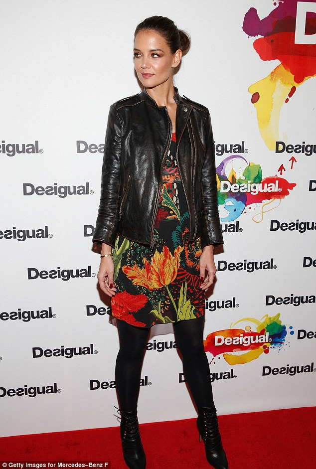 Katie.Holmes.wearing.Desigual.NYFW.2015.getty.image