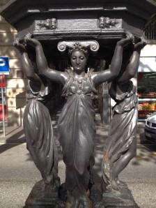 Barcelona.Day2.street.drinking.fountain