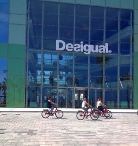 Barcelona.in.front.of.Desigual.HQ.2.2014