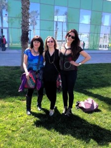 Barcelona.Jackie.Lise.Miriam.in.front.of.Desigual.HQ.2.2014