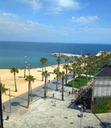 Desigual.HQ.view.of.Barcelonetta.beach.2014