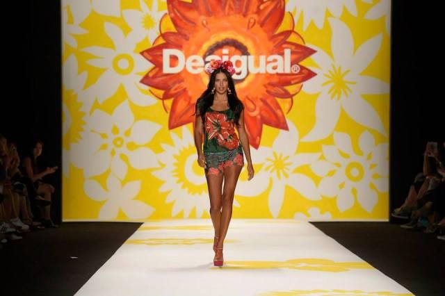 Desigual.NYFW.Sept.4.2014.Adriana.Lima.1