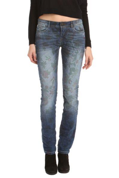 Desigual.woman.Oman.jeans.inner.print.$154.FW2014