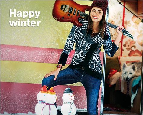Desigual.Susana.sweater.Happy.Winter.2014, angelvancouver.com