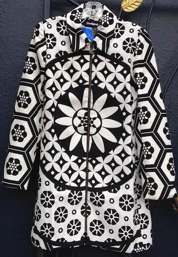 Desigual UNA coat. $249. Spring-Summer 2015.