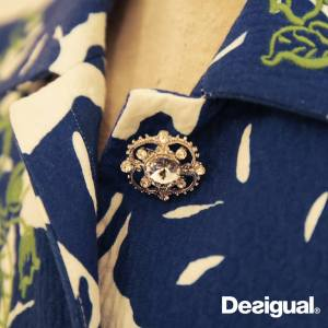 Desigual.new.coat.buttons.closeup.BRIGO.SS2015