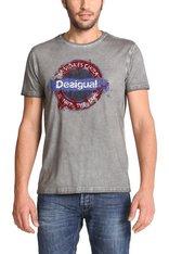 Desigual UNDERGROUND tshirt. $74. Spring-Summer 2015.
