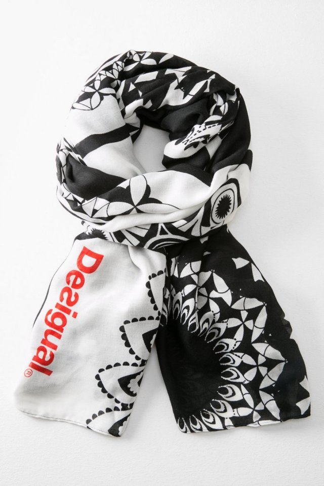 Desigual GEOFRESH scarf. $69.95. Fall-Winter 2015.
