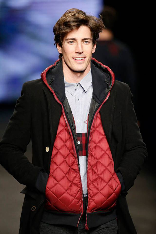 Desigual LUCA red hoodie vest with black sleeves. Was $166, now $116. Fall-Winter 2015.