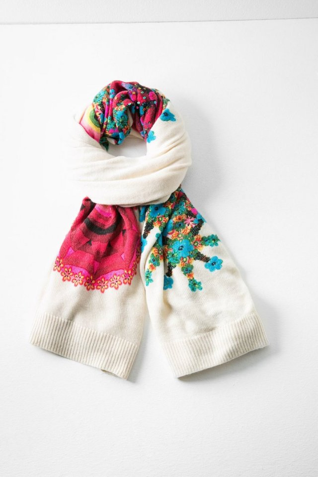 Desigual SCARF ELEY. $109. 190 x 70cm. Has matching hat & gloves. Fall-Winter 2015