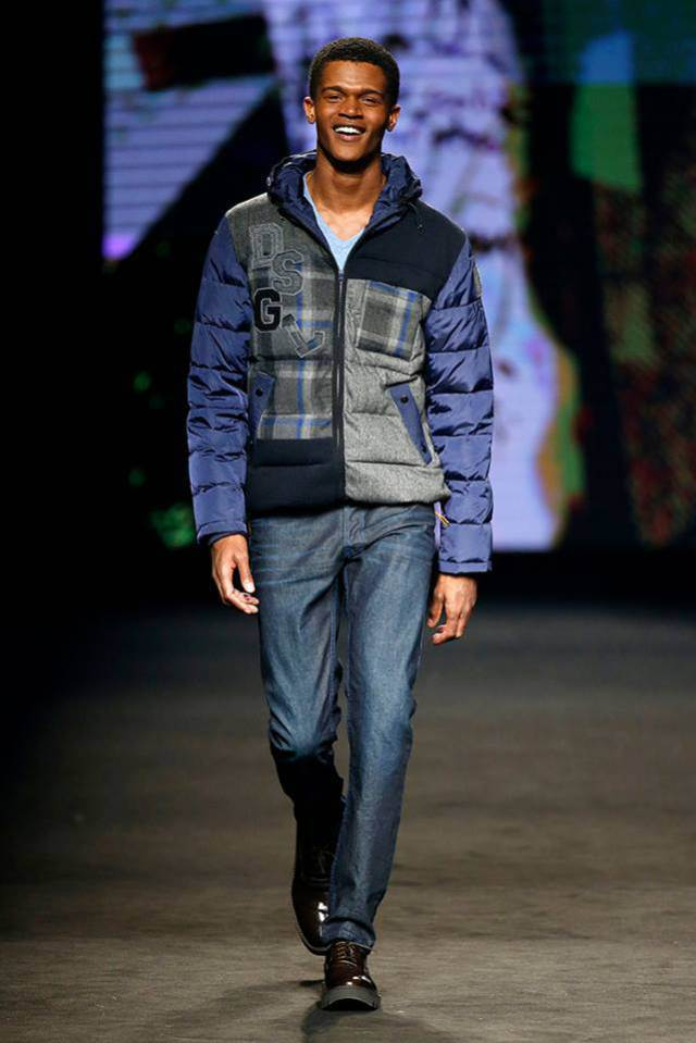 Desigual BLUE WAVE winter jacket for men. Was $309. Now on sale for $186 (40% off). Fall-Winter 2015.