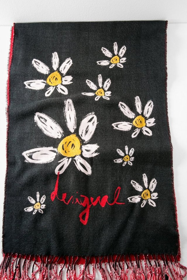 Desigual MARGARITAS scarf. $104.95. Fall-Winter 2015.