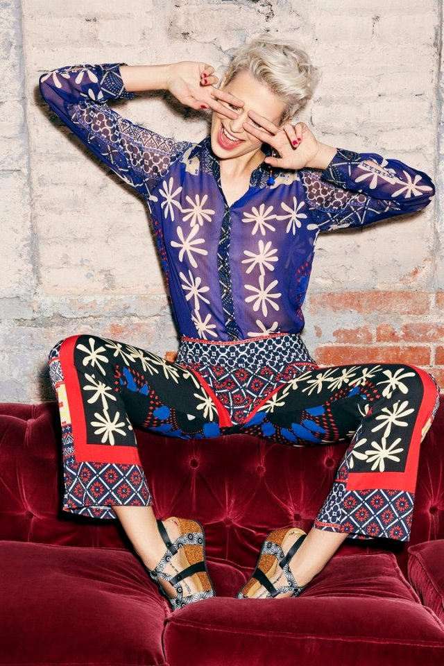 Desigual BYE shirt ($105.95) and MEDITERRANEO pants ($139.95) from the Spring-Summer 2016 collection. Angel has both in stock.