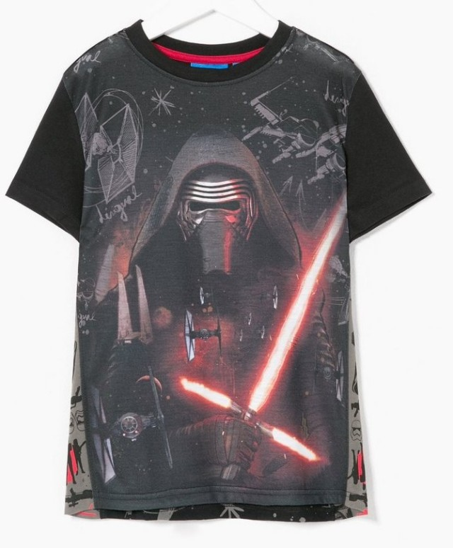 Desigual STAR WARS CREUS T-shirt with image of Kylo Ren. $59.95. Spring-Summer 2016.