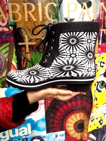 Desigual Valery black-and-white lace-up rain boots from Spring-Summer 2016 collection