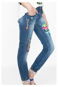 Desigual.AFRICA.ARROW.jeans.side.view.SS2016.65D26A0_5053