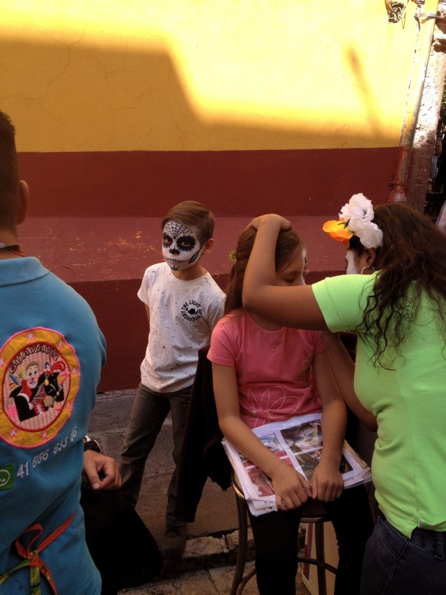 day-of-the-dead-facepainting-sanmiguel