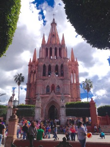san-miguel-cathedral-daytime