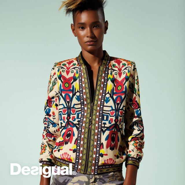 Desigual SUIZA reversible jacket. It has an equally beautiful blue pattern on the inside. Spring-Summer 2017 Global Traveller collection