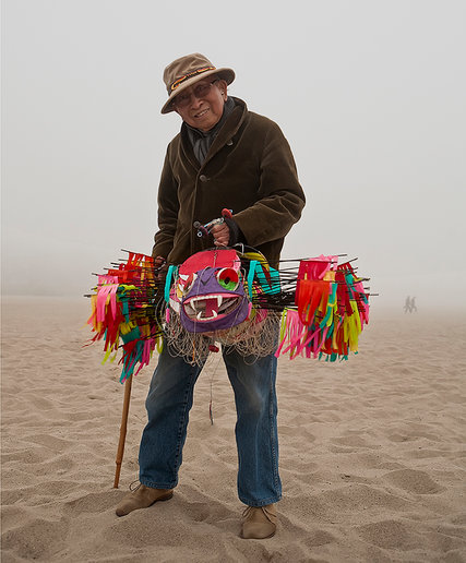 tyrus-with-kites-santa-monica-beach