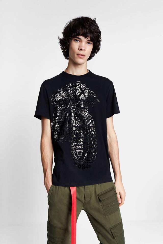 Desigual GERMAN motorcycle T-shirt. $105.95. FW2020. 100 percent organic cotton.