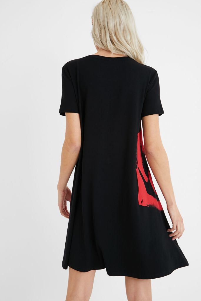 Desigual T-shirt dress, black with red flowers. Viscose. $149.95. Spring-Summer 2021 collection. Now on sale 20 per cent off at Angel Vancouver Canada